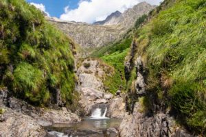 canyon montagne outdoor cascade